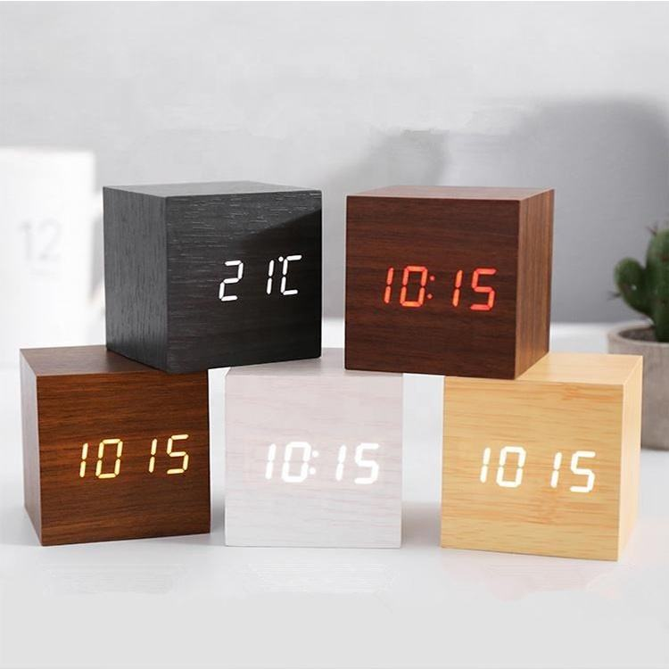 Desktop alarm clock Different Colored Fonts 3D Digital wood Thermometer Temperature Time Date Roller Play Wooden clock