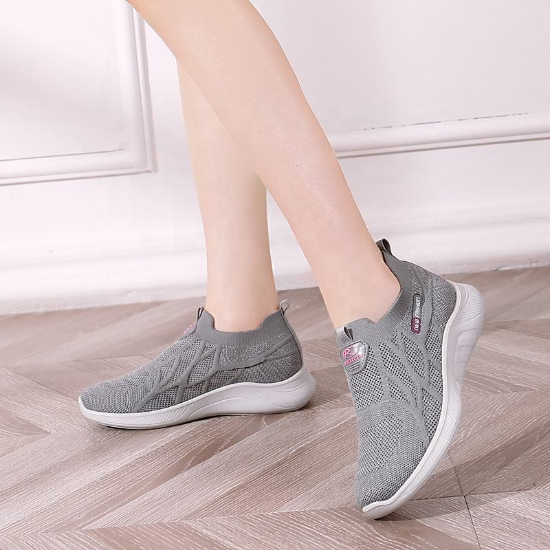 shoes men made in china Summer breathable large size Super Light and comfortable men Sports shoes
