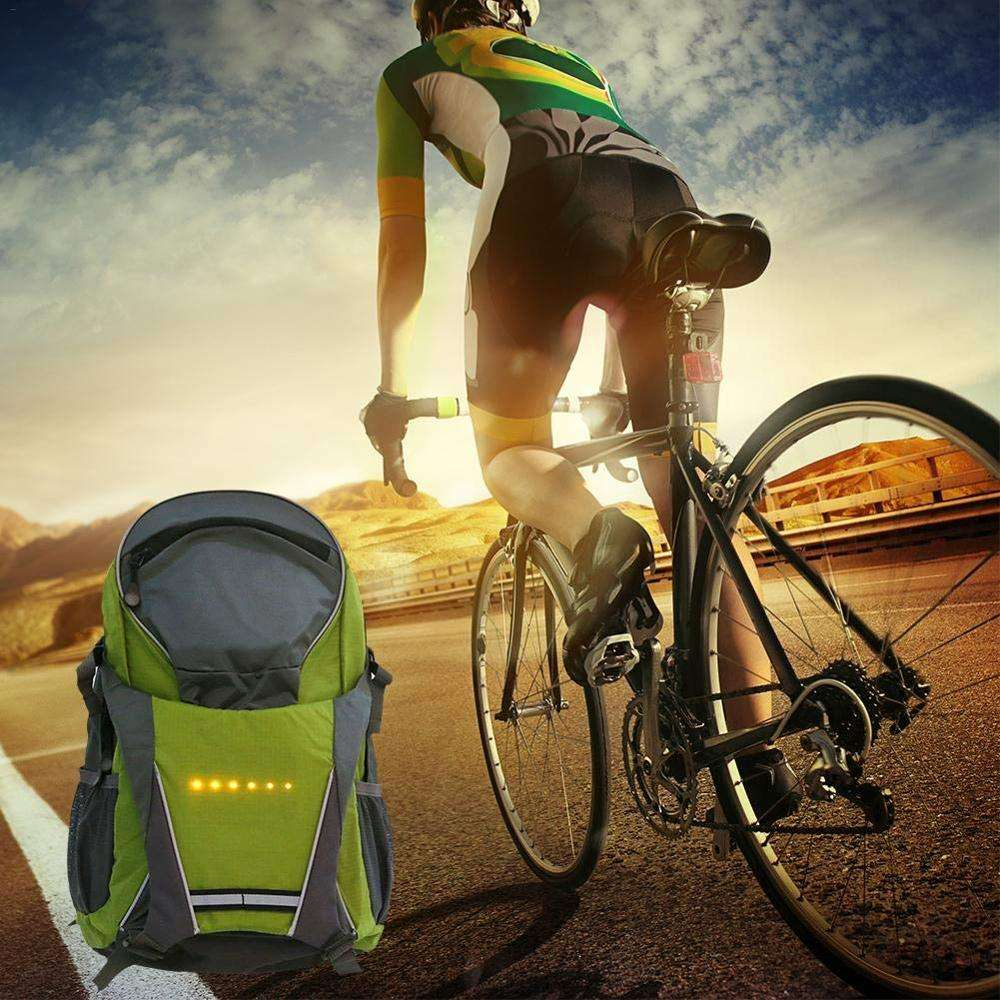 Hotsale Factory Stylish Led Light Safety Turn Signal Backpack For Bicycle With USB Charging Solar Panel Bagpack