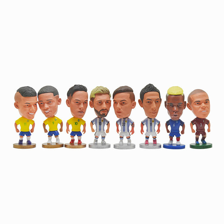 Soccer players present gifts and souvenirs for 2022 European soccer star action figures