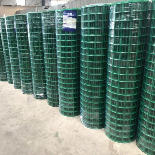 PVC coated Euro wire mesh fence 50mmx50mm, 50x100mm, 1.8meter high
