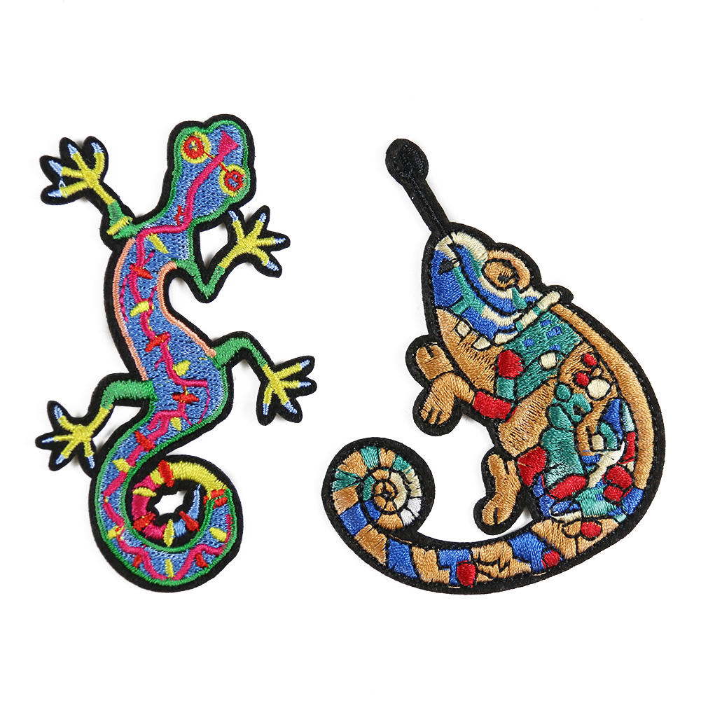 Custom cartoon color lizard combination embroidery patch reptile ironing on patch