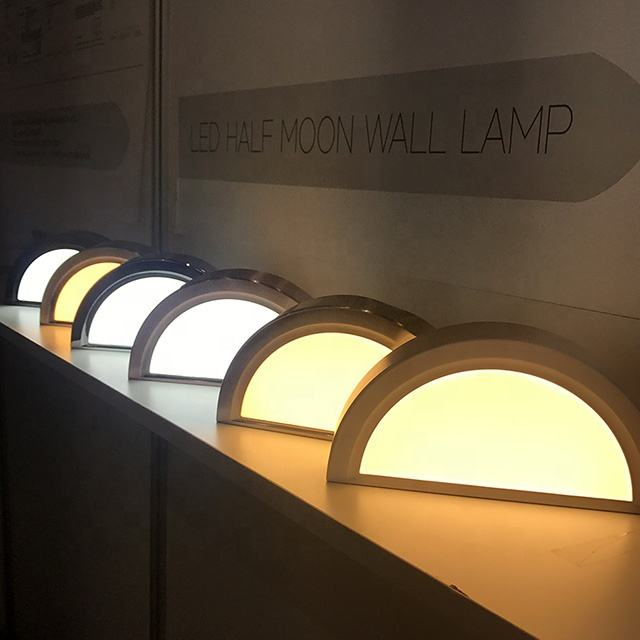 New design indoor panel lamp aluminum 9w 12w surface mounted multi color led half moon wall light