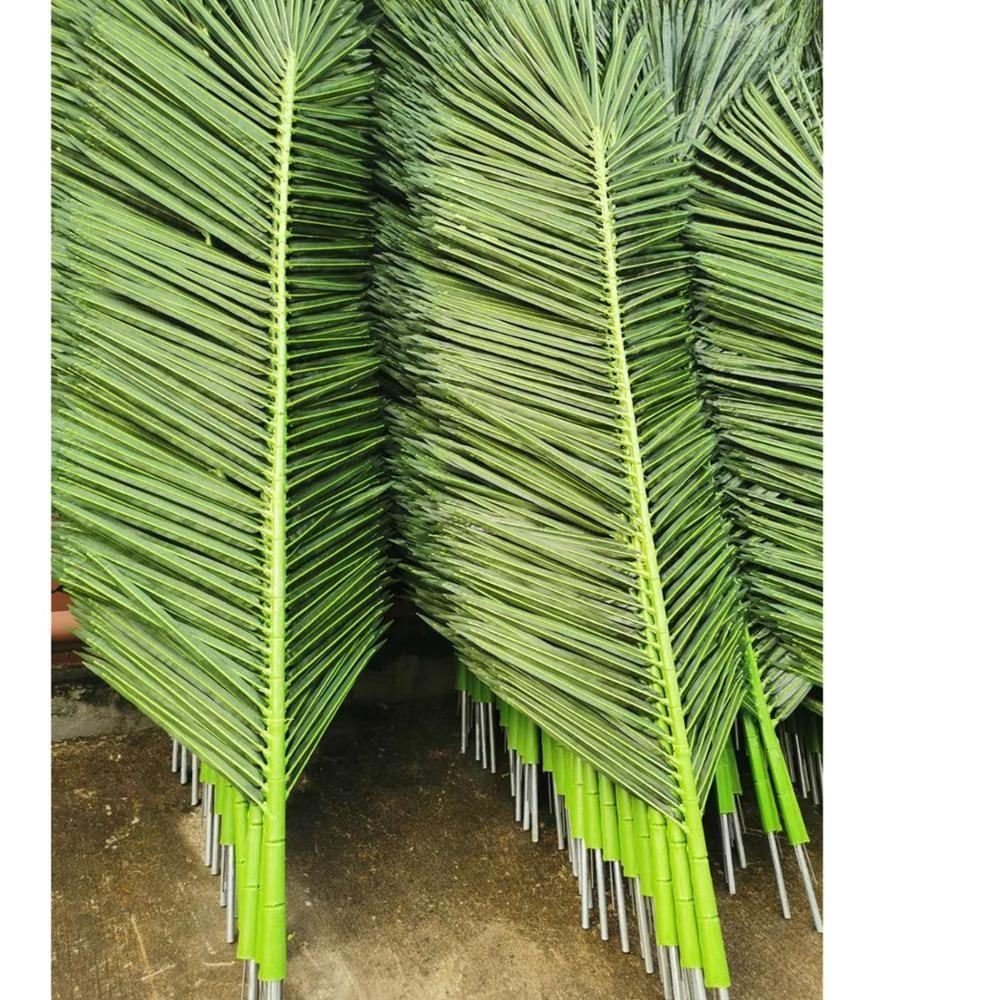 High quality fiberglass trunk with fabric palm leave artificial king coconut tree good for project and building decoration