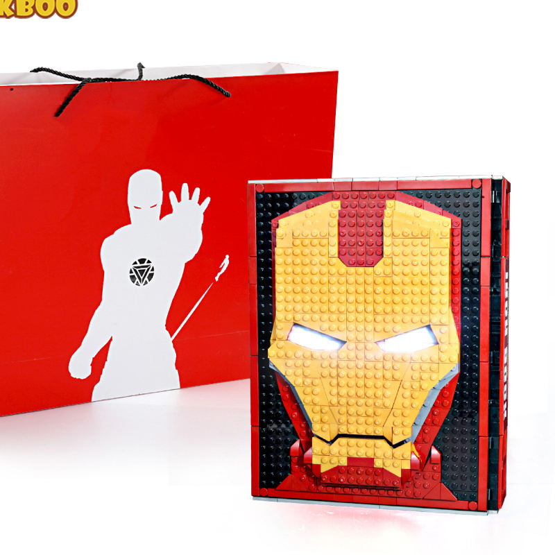 TreasureギフトHero Movie 52フィギュアMemorial Manual Book Building Blocks