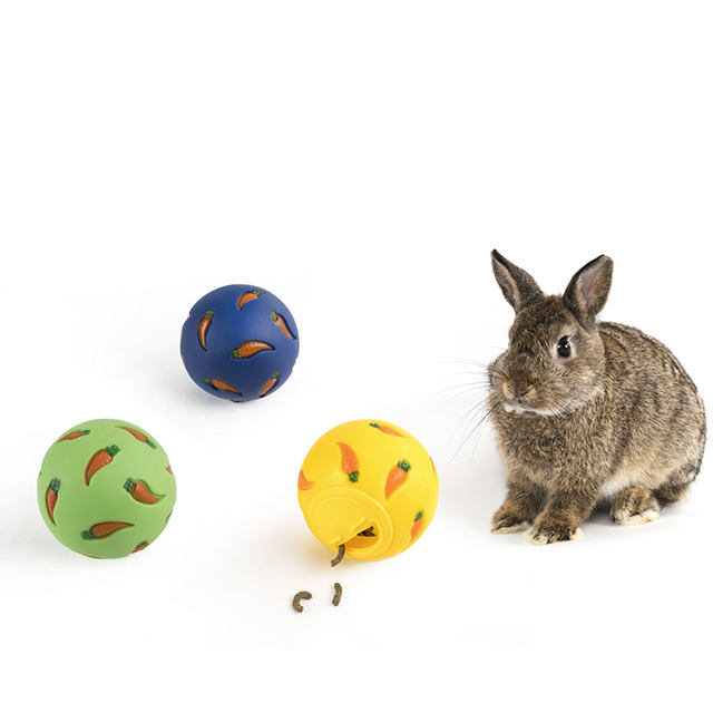 2021 New Special pet rabbit toy small animal Treat Ball pvc snack ball rabbit pet toy
