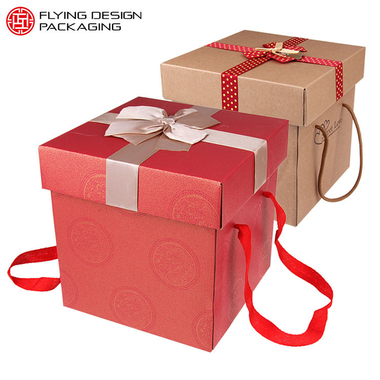 Customized cardboard luxury carton foldable gift packaging box with hand strap