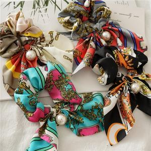 Wholesale Printed Pearl Elastic Scrunchy Hair Ties Silk Satin Hair Rubber Korean Scrunchies Pretty