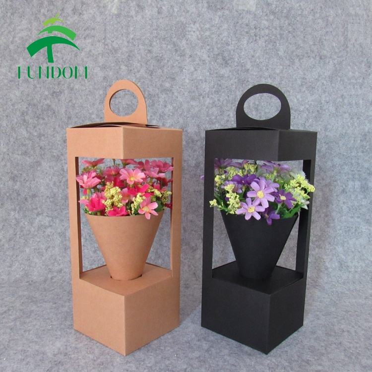2020 new fashion recycled wholesale cute fancy lantern shape decorative brown kraft paper gift flower box with windows
