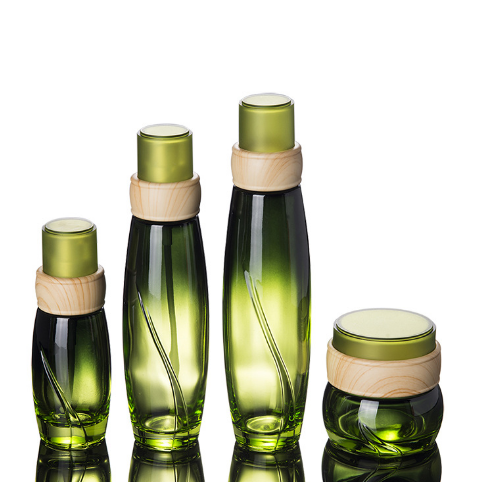 Wholesale Luxury Green Glass Bottle With Bamboo Lid 40ml 100ml Lotion Pump 50ml Cream Jar 120ml Bottle