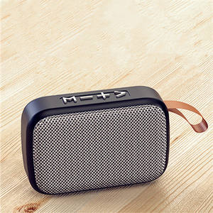 2020 Ini dengan Harga Murah Komersial Nirkabel Bt Surround Speaker Parlantes Bluetooth Portable Speaker Mendukung Fm Radio Jam Tf Card