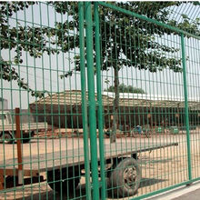 Anti Climb Protective Low Carbon Welded Expanded Metal Wire Mesh Fence for Airport/Prison/Farm/Ranch