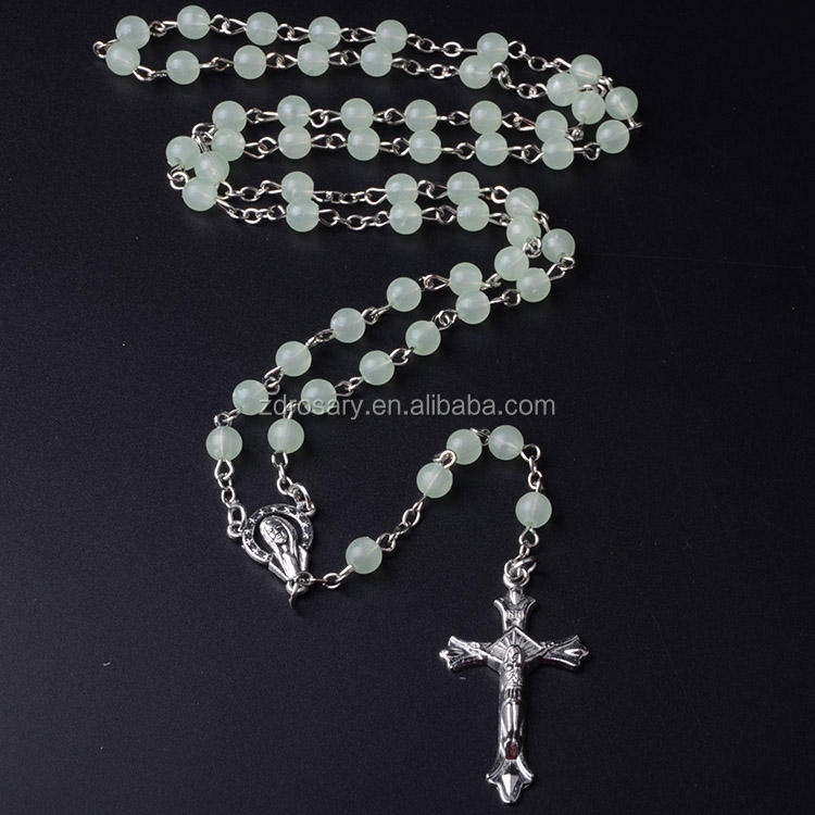 Amazon Popular Rosaries Cheap Plastic Catholic Chapelet Italien Rosario Lighted Rosary Necklace Cross