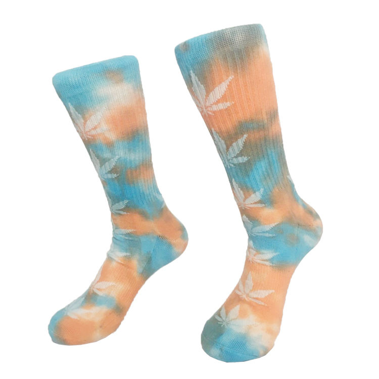 Wholesale colorful cotton crew sports weed leaf tie dye socks