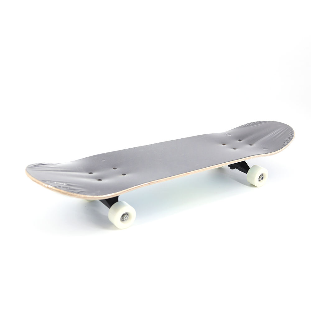 QIYI Four-Wheel OEM Sport Longboard 22 Inch Wooden Skateboard For Adults