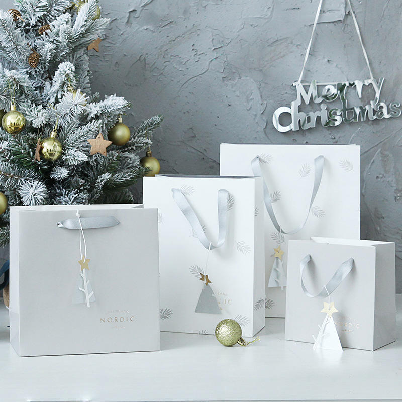 Nordic style gift paper bag christmas gift bags wholesale