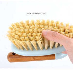 Easy hanging dish pot pan scrubbing flexible dense bamboo hair cleaning brush with solid wooden handle