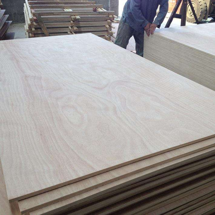 4X8 E1 commercial plywood sabah