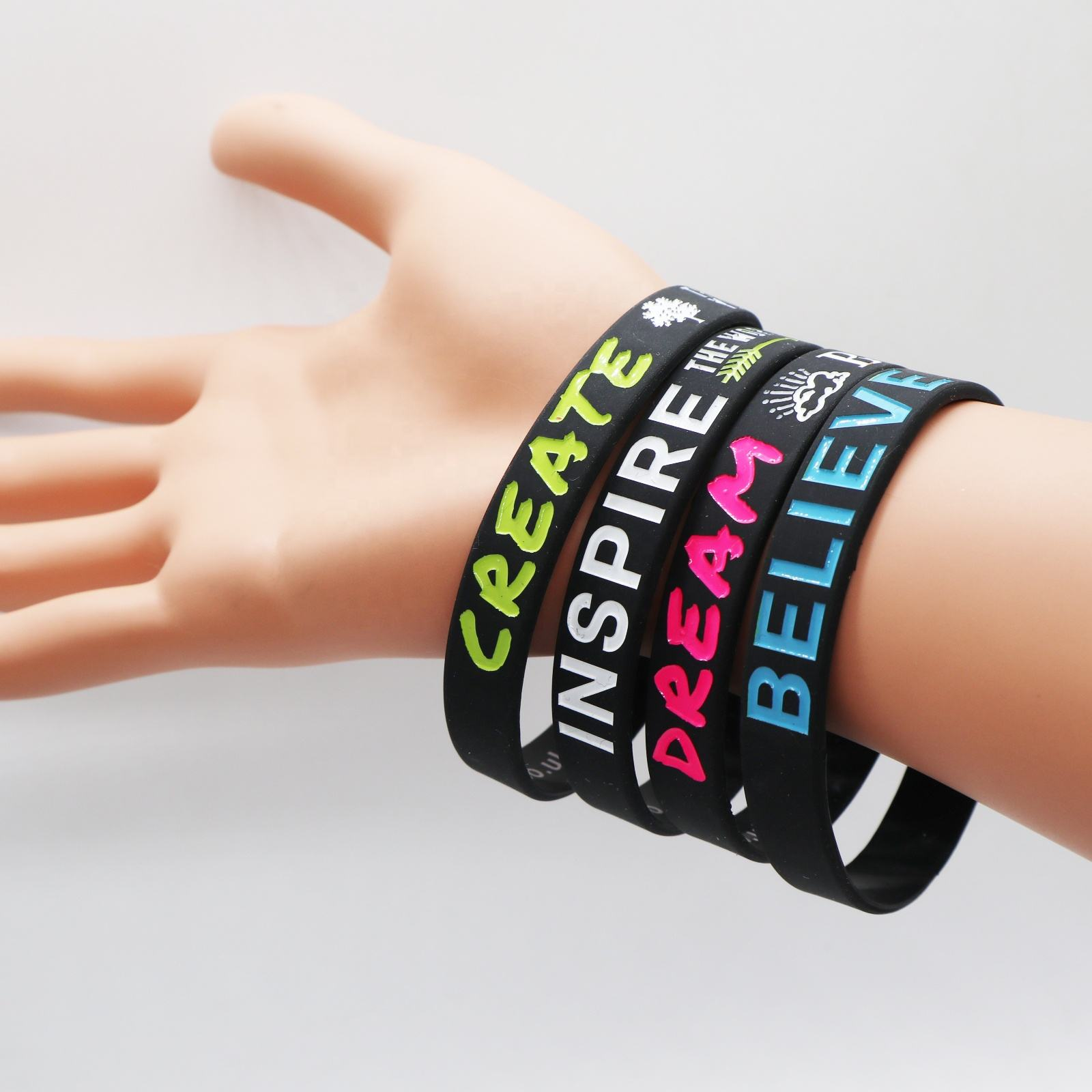 2020 Top sellers amazon Custom motivational wristband rubber wristband silicone bracelet for friends