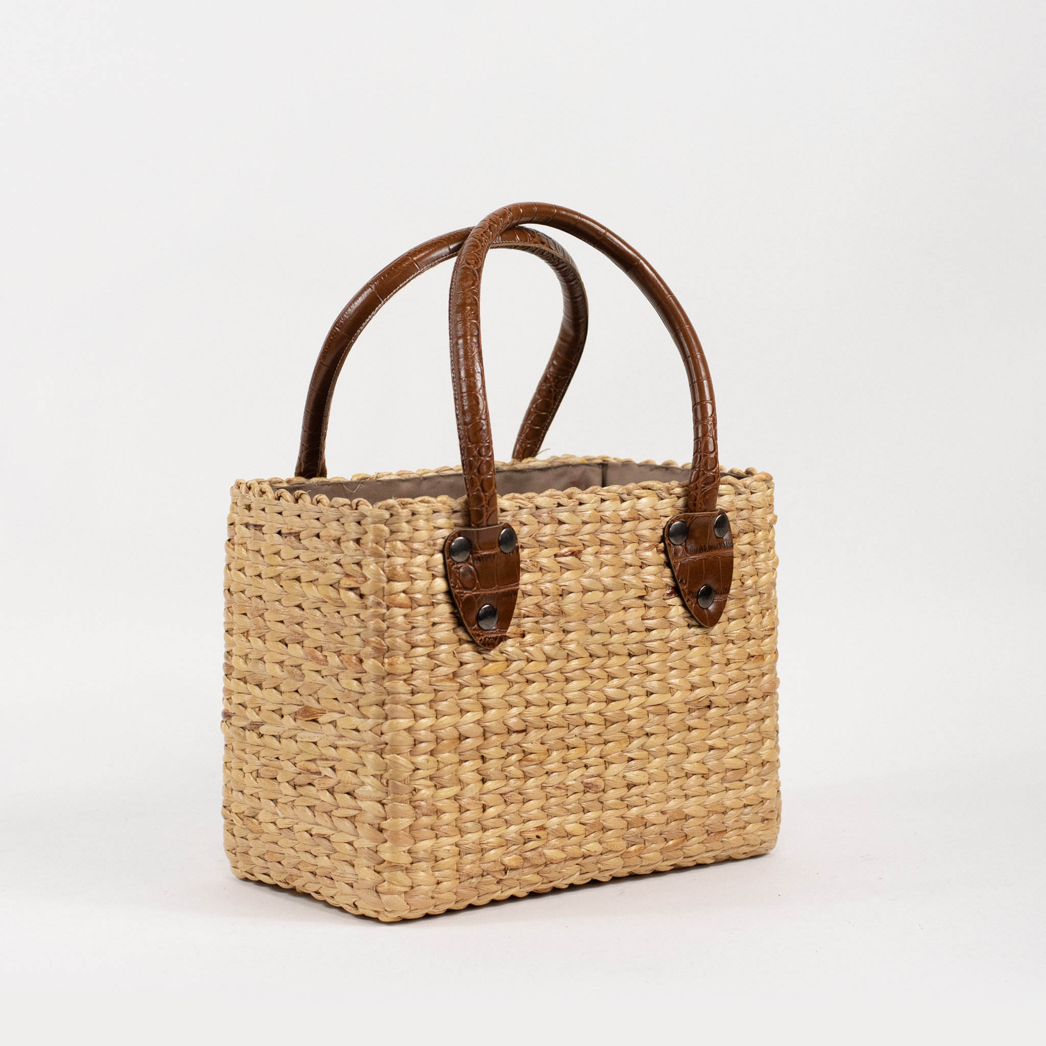 Handwoven mini straw basket