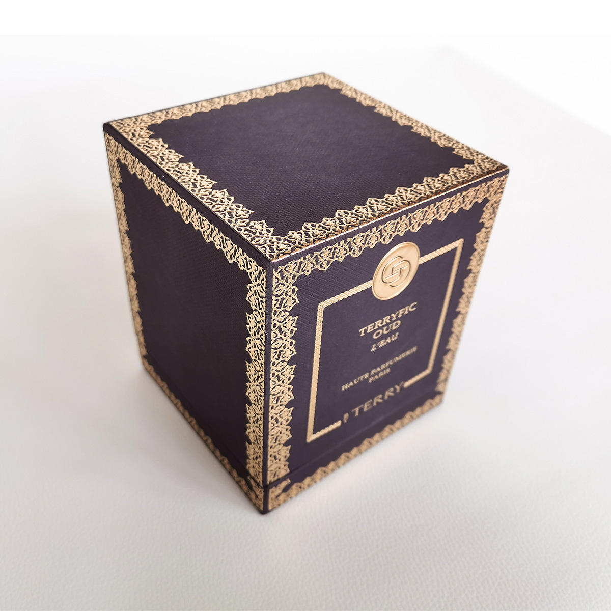 картонки коробки для духов с картинками это прям