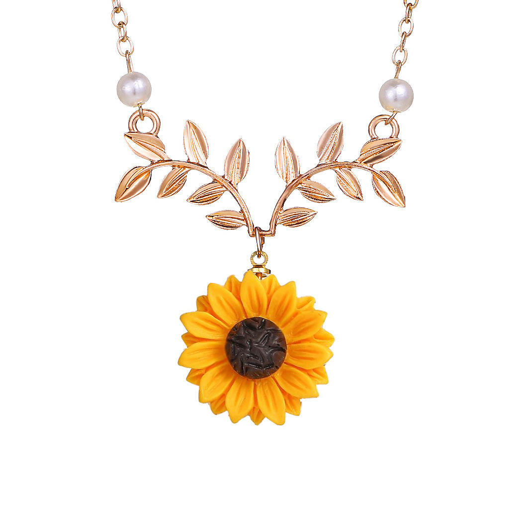 Factory Wholesale Cheap Artificial Pearl Sunflower Pendant Necklace for Women