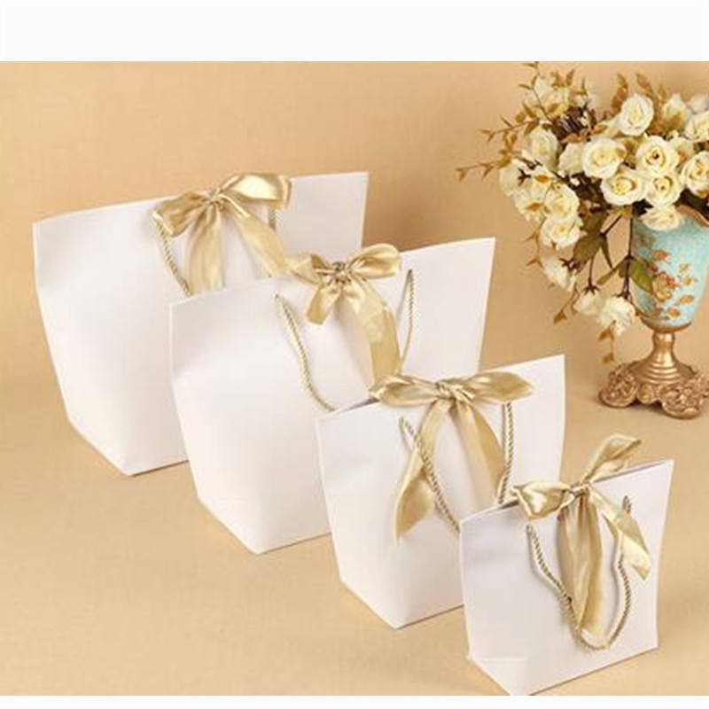 Paper Gift Bag Boutique Clothes Packaging Bags with Bow Ribbon Elegant Gift Package Shopping Bags for Celebration Present Wrap