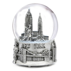 Musical Silver New York City Snow Globe with Sculpture Base Water Ball Souvenir