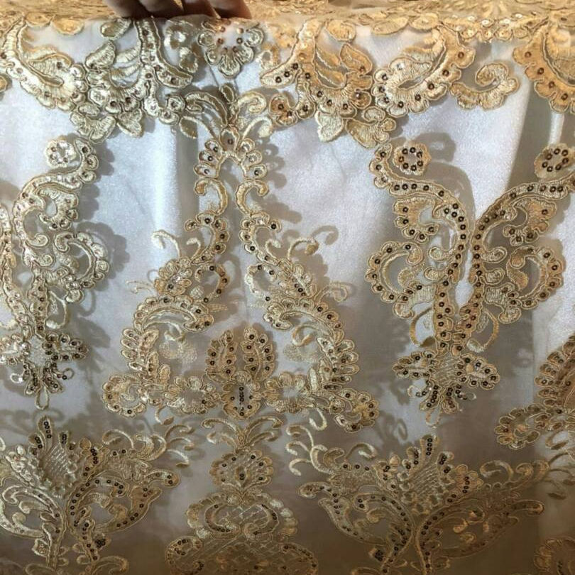 Embroidered restaurant fancy table cloth