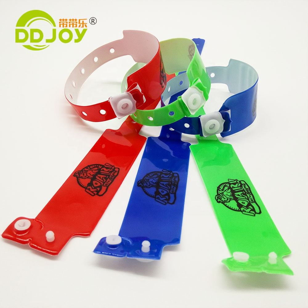 High Quality Waterproof One Time Use Reflective Plastic Bracelet