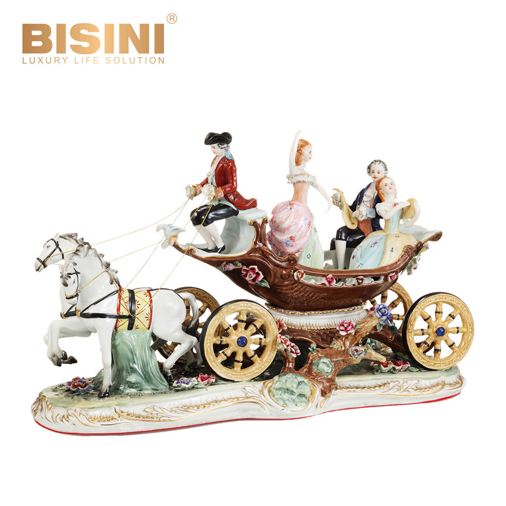 17th century European Style Exclusive Handmade Antique Porcelain Carriage Figurine Beauty Ladies Men Porcelain Sculpture Decor
