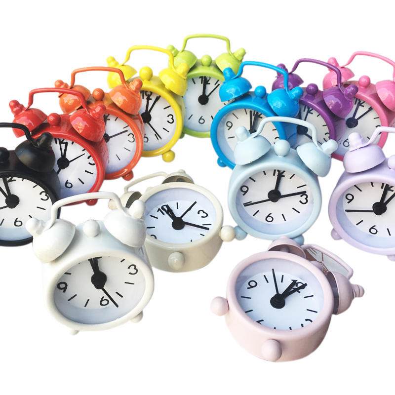 RTS Hot Sales Round Cute Metal Mini Small Size Children Student Table Desk Clock Alarm Clock