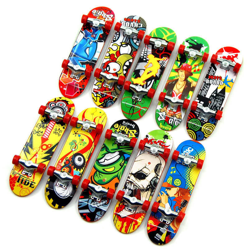Mini Complete Professional Cartoon Figure Plastic Finger Board Finger Skateboard with Ball Bearings