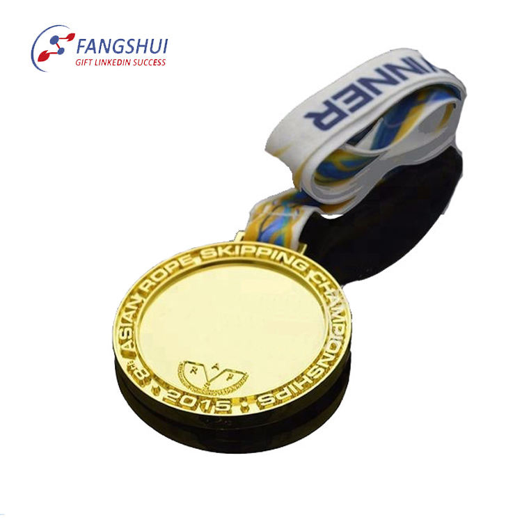 Fashionable zinc alloy engraved no ninimum medal+religious plated old plain metal dance medal