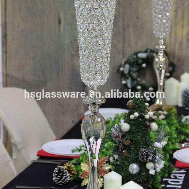 China Tall Centerpiece Vases and Wedding Centerpieces Flower Stand Iron Paint with Crystal beads