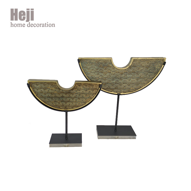 China Vintage Luxury Furniture Deco Show Pieces Metal Decoration For Home