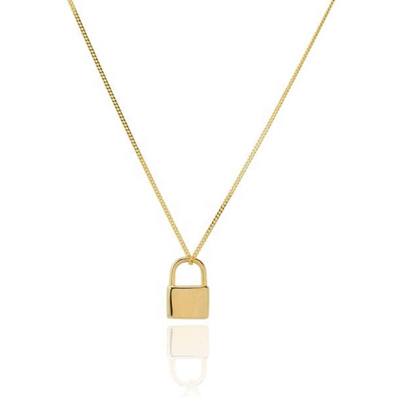 2019 Fashion Gold Lock Necklace Engraved Stainless Steel Necklace Vendors