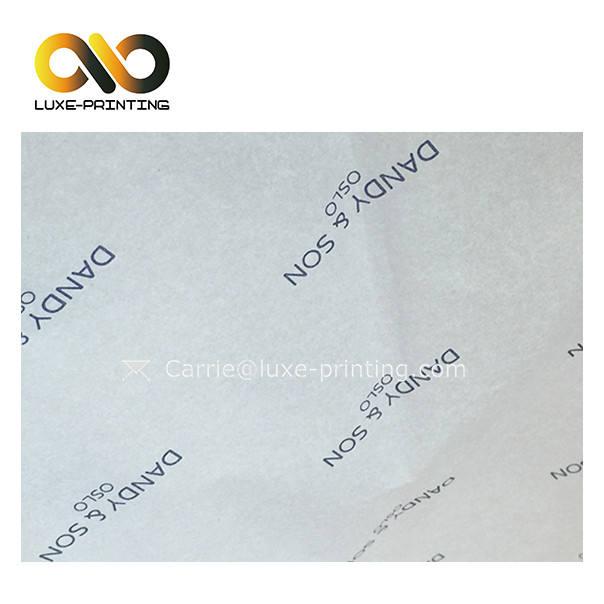 O logotipo feito sob encomenda da empresa imprimiu o papel de <span class=keywords><strong>tecido</strong></span> do envolvimento da bolsa das mulheres para camisas