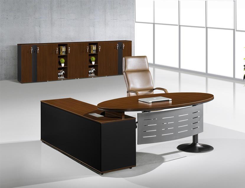 Moderno ufficio in metallo gamba direttore mobili per ufficio <span class=keywords><strong>scrivania</strong></span> con acciaio pannello di <span class=keywords><strong>modestia</strong></span>