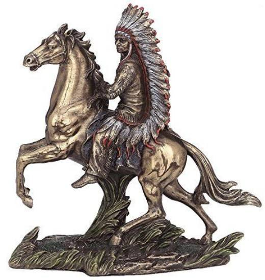 Horseback Native American Indian Standbeeld