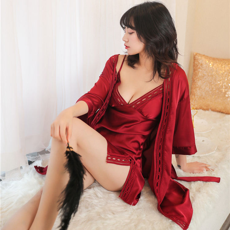 New Simulation Silk Ladies Pajamas Woman Sleepwear Large Size Robe Bathrobe