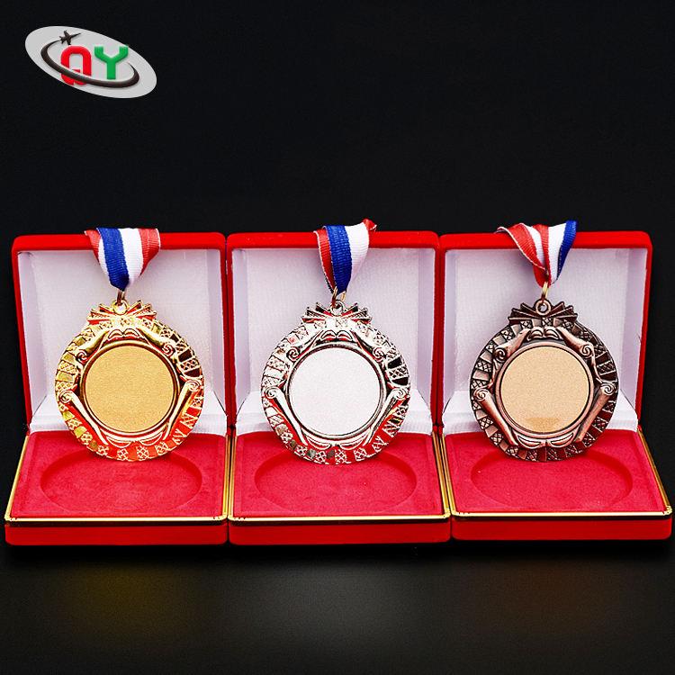 Oro antiguo de <span class=keywords><strong>bronce</strong></span> de plata Ironman de triatlón medalla <span class=keywords><strong>conmemorativa</strong></span>