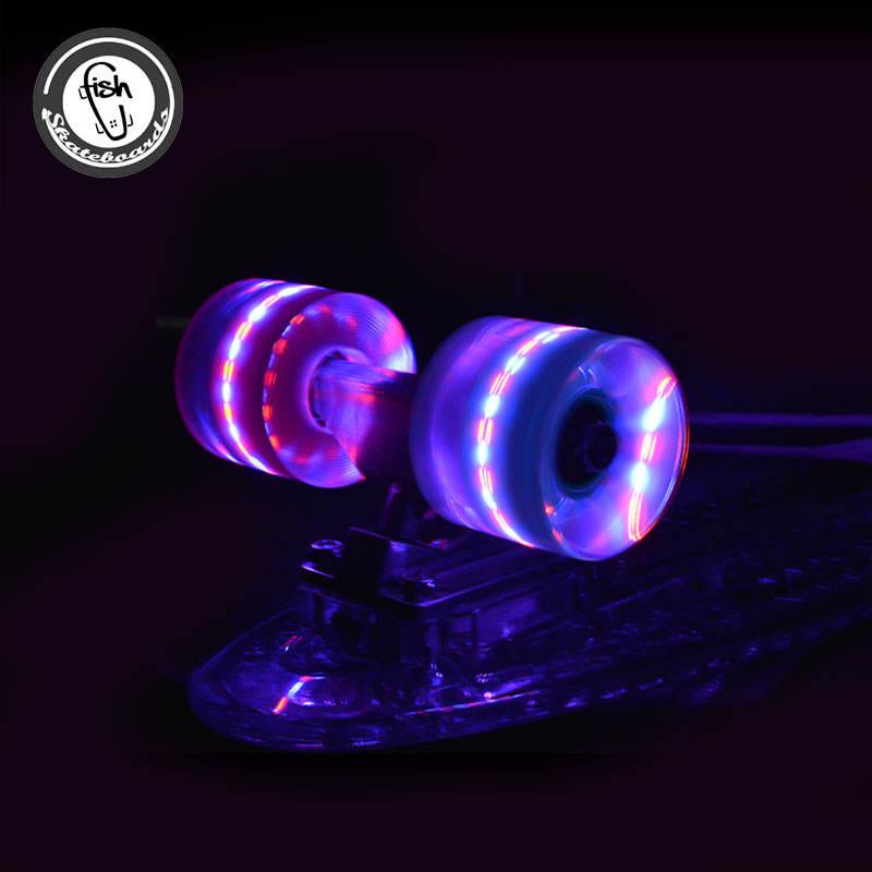 Top grade Skate skate longboard <span class=keywords><strong>loja</strong></span> elétrica e Iluminação