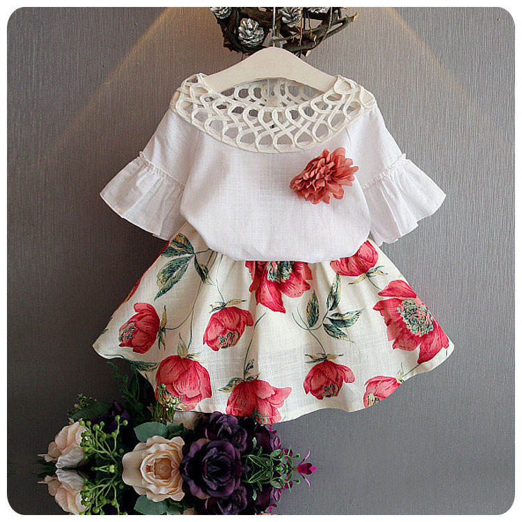 Shenzhen kids clothing with hollow out the collar flared sleeve blouse floral skirt suit cheap china wholesale kids