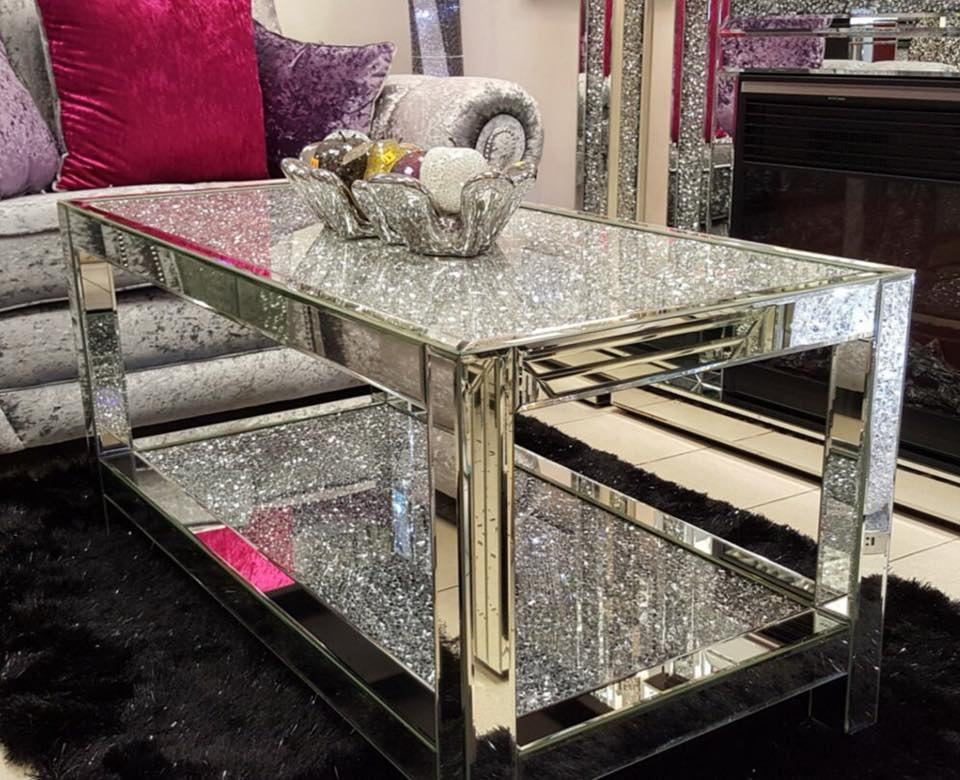Guangdong manufacturer crushed diamonds top mirrored coffee table