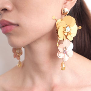 HANSIDON Exaggerated Handmade Big Flower Statement Earrings For Women Luxury Crystal Dangle Earrings Boho Jewelry Accessories