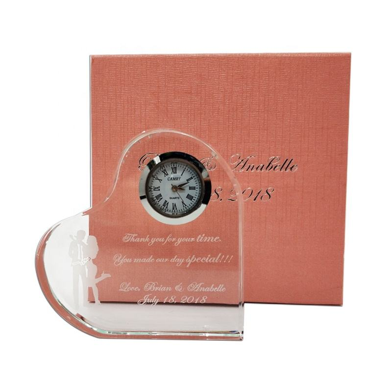 Custom Heart Shaped Crystal Clock Wedding Gifts For Guests Souvenirs