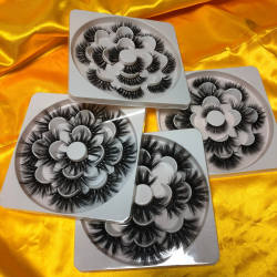 Customized 25mm 5d Mink Eyelashes Book of 7pairs Flower Eyelashes Tray