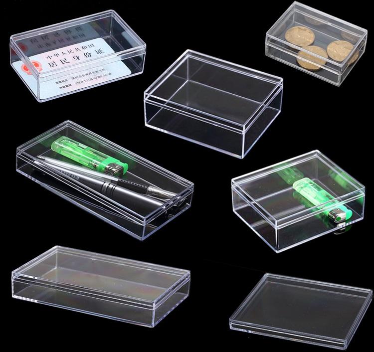 Small clear plastic box for packing