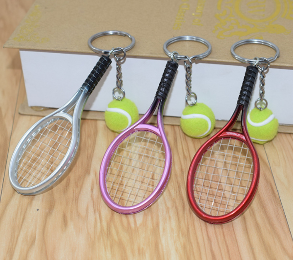 Cheap wholesale mini tennis ball design metal key chain keychain for Sports enthusiasts promotion lgift
